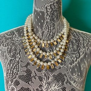 Plunder Design Cambrie Pearl Necklace